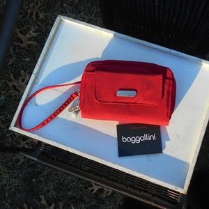 Baggallini Red Wristlet Wallet New without Tags